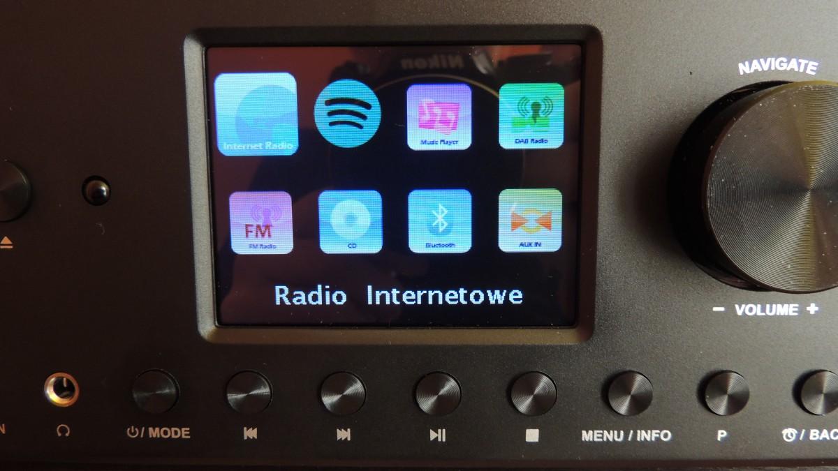 Ten hybrydowy system radiowy łączy w sobie trzy radia: DAB+, radio  internetowe i klasyczne radio analogowe. DAB+ pozwala cieszyć się doskonałą  jakością ...